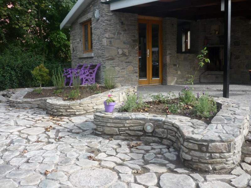Stone Amp Garden Stone Garden Furniture Stones For Garden
